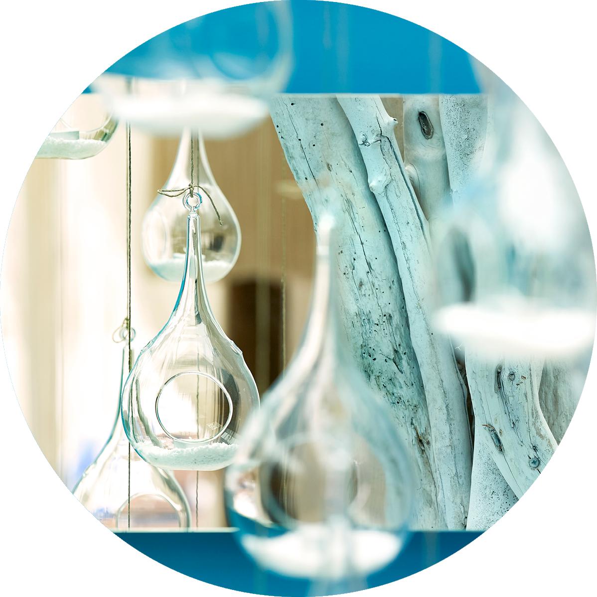 Lobby_living_room_interior_decoration_minimalism_luxury__classy_modern_design_summer_relaxing_Artemis_Deluxe_Rooms_Milos_island