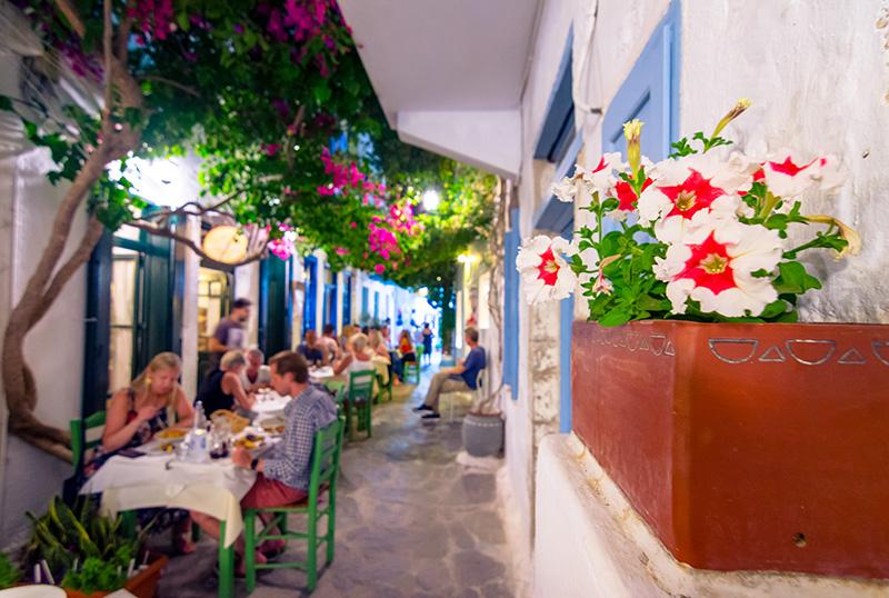 Night,Summer,Life,In,The,Streets,Of,Plaka,,Milos,Island,